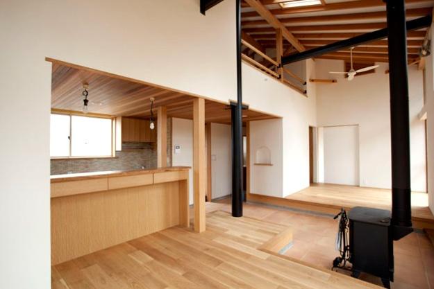 <p>内外装施工、木製家具製造<br /> 埼玉県さいたま市見沼区 K様</p>