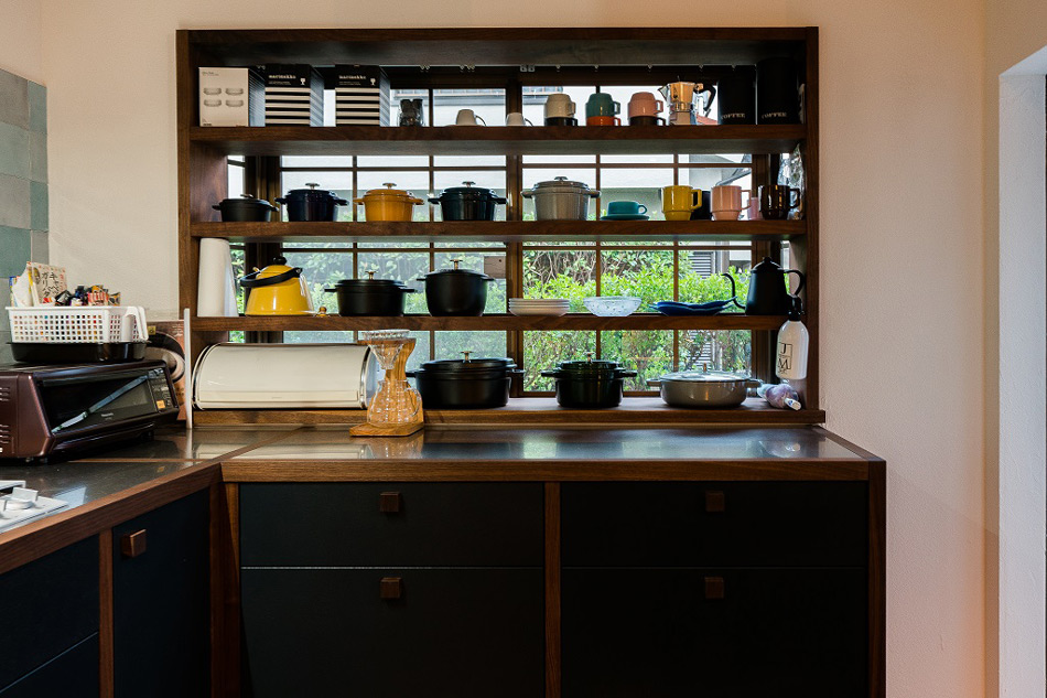 <p>新築住宅 施工一式 埼玉県さいたま市見沼区<br /> キッチンのオーダーメイドとリビングルームの内装を担当させていただきました。</p>