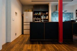 木材とステンレスのオーダーメイドキッチン