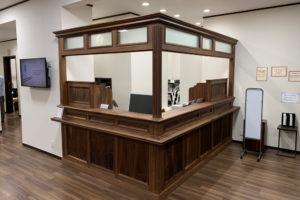 木製オーダー家具の受付台