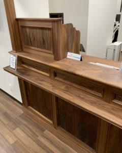 木製オーダー家具受付カウンター台