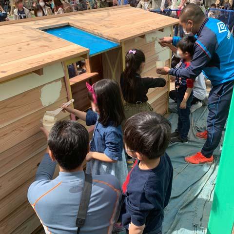 ばり幼稚園 木製遊具 仕上げアップ