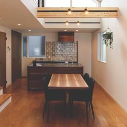 オーダーキッチンを設置した空間