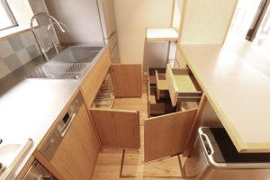 オーダーキッチンの収納